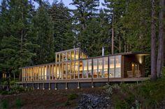 California lake house
