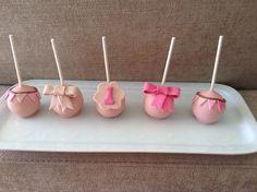 Cakepops para aniversário de menina
