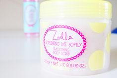 Try it, one of my favourite body scrubs, works best in the shower for me… Zoella Beauty, Beauty Makeup, Hair Beauty, Zoella Products, Beauty Products, All Things Beauty, Girly Things, Zoe Sugg, Bath Candles