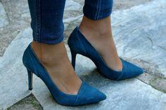 Fashion and Style Blog / Blog de Moda . Post: Forever 21 .More pictures on/ Más fotos en : http://www.ohmylooks.com/?p=26016 .Llevo/I wear: Jersey : Forever 21 ; Jeans : Hollister ; Sunglasses / Gafas de sol : Naverick vía Navarro Óptico ; Ring / Anillo : Coolook ; Bag/Bolso : Michael Kors ; Shoes / Zapatos : Pilar Burgos.