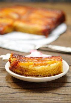 Вкус этого пирога напоминает мне о моей любимой стране – Австралии, куда я лечу в конце следующей недели. Рецепт - из австралийского журнала Gourmet traveller, пирог получается волшебным даже с обычными бананами и сахаром, но если добавить в него бананы Lady fingers и пальмовый сахар,…
