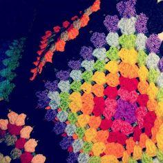 Granny square crochet blanket, black. Granny square gehaakte sprei, zwart.