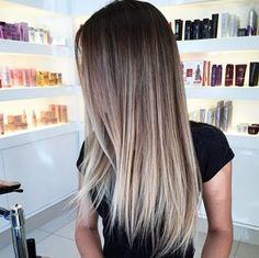Sombre Hair, Brown Hair Balayage, Blonde Hair With Highlights, Brown Blonde Hair, Balayage Highlights, Balayage Straight Hair, Blonde Honey, Honey Balayage, Honey Hair