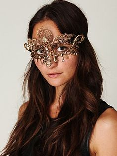 Barocca Italian Mask- gorgeous mask to go with our Venetian Mascaraed Catalog Theme #freepeople #fashion #Leondoro
