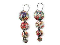 Recycled Tin Cascading Droplet Earrings, Floral Design by TinMoonJewelryworks on Etsy.  $34  #tinearrings #recycledtin #bohoearrings