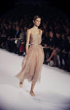 Wear this dress http://findanswerhere.com/dresses