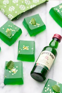 Saint Patrick's Day is just around the corner and we thought you'd all like to celebrate with some Jameson Irish Whiskey Jell-O shots! We handcrafted these little green Jell-O shot squares from fresh lime juice, infused mint water, sugar, gelatin and whiskey. No boxes were used! We actually made a green and a clear layer, …