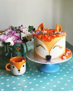 Hiro Fox Kawaii Friends Mug available to buy direct from Sass & Belle. Cute Desserts, Dessert Recipes, Beautiful Cakes, Amazing Cakes, Reindeer Cakes, Boys First Birthday Cake, Fox Cake, Birthday Party Treats, Animal Cakes