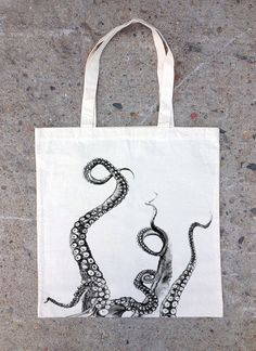 Tentacles Tote Bag - Cotton Canvas Tote - Screen Printed Tote Bag This hand printed cotton canvas bag features a detailed screen print of octopus tentacles climbing up the front side of the bag. Printed Tote Bags, Canvas Tote Bags, Le Kraken, Motif Art Deco, Octopus Art, Octopus Tentacles Drawing, Diy Accessoires, Cotton Tote Bags, Cotton Canvas