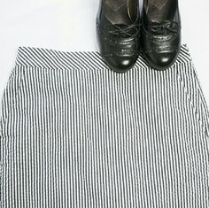 J.Crew No.2 Pencil Skirt Classic J.Crew No.2 pencil skirt, great preloved condition ! Skirt is white with black verticle pinstripes. The skirt has some stretch to it. J. Crew Skirts Pencil