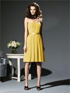 A-line Strapless Straight Neckline Knee Length Chiffon Bridesmaid Dress BD10247 www.dresseshouse.co.uk £76.0000