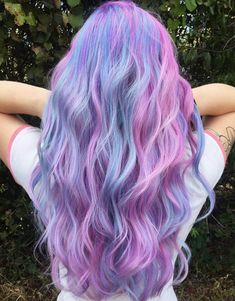 32 Cute Dyed Haircuts To Try Right Now - Haare Stylen Cute Hair Colors, Pretty Hair Color, Hair Color Purple, Hair Dye Colors, Beautiful Hair Color, Pastel Hair Colors, Periwinkle Hair, Pastel Pink, Blush Pink