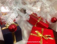 """""""Das Einzige, was wir jemals behalten können, ist die Liebe, die wir verschenken. Die wahre Liebe beginnt, wenn wir nichts dafür haben wollen."""" (Sergio Bambaren)  In diesem Sinne wünsche ich Ihnen ein friedliches Weihnachtsfest!"""
