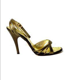 70s-vintage-dolcis-gold-stiletto-shoes