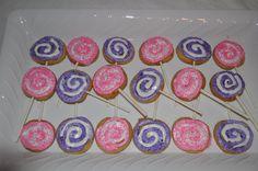 lollipop cookies on a stick