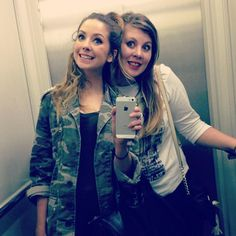 Zoe and Louise just have the best Friendship