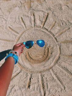 VSCO – relatablemoods – Juna Rosenfeld – - Photography Tips Beach Photography Poses, Beach Poses, Summer Photography, Creative Photography, Portrait Photography, Photography Music, Photography Magazine, Photography Equipment, Urban Photography