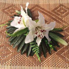 Rockabilly Pin up Hawaiian White Lily Tiki bibi par PoisonedDesigns