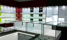 Limpieza de Vitrinas Expositoras en Relojería/joyería | Ideas Limpieza