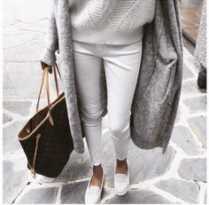 minimal and simple #fitgirlcode #fashion #streetstyle