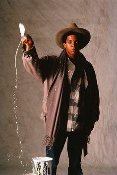 Yutaka Sakano: Jean-Michel Basquiat 1983 Jean-Michel Basquiat in Issey Miyake 1983 Jean Basquiat, Jean Michel Basquiat Art, Issey Miyake, Painter Photography, Beauty Photography, Basquiat Paintings, Aime Leon Dore, New York Art, Best Artist