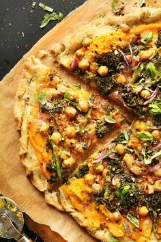 Butternut Squash Veggie Pizza Minimalist Baker Recipes - Butternut Squash Veggie Pizza Ingredient Pizza Thats Perfect For Late Summer And Fall Butternut Squash Sauce Adds A Colorful Savory Sweet Base While Broccolini Chickpeas And Onion Add Te Dairy Free Pizza, Dairy Free Recipes, Vegetarian Recipes, Healthy Recipes, Cheese Free Pizza Recipes, Veggie Pizza Recipes, Vegetarian Pizza, Gluten Free, Pizza Food