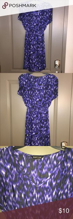 Express Dress XS Gorgeous dress from Express. It is cinched at the waist so it is very flattering. This dress is a XS. Dresses High Low