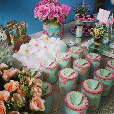#festainfantil #festa #kidsparty #pequeninoprincipe #lucianabluz #bodas #debutante #flores #jardim #jardimdavivi #secretgarden #jardimsecreto #butterfly #borboletas #renda #garrafas #vidro #vintage #suco #canudosdepapel #papelaria #personalizado #scrap #scrapfesta #flower #bday #bdayvivi #decor #decoracao #festaemcasa