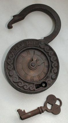 My Paisley World: Collections: Unusual Vintage Padlocks Antique Keys, Vintage Keys, Antique Hardware, Under Lock And Key, Key Lock, Cles Antiques, Door Knobs And Knockers, Old Keys, Key To My Heart