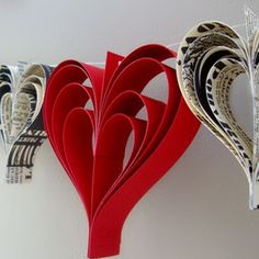 Hand-cut Paper Heart Garland Decor- Cute for shower Valentines Day Weddings, Valentines Day Hearts, Valentine Crafts, Be My Valentine, Valentine Banner, Valentine Photos, Valentine Wreath, Valentine Ideas, Paper Heart Garland