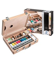 Royal Talens Van Gogh oil colour paint set A beautifully artists wooden box with metal handle and catches. Oil Painting Supplies, Art Supplies, Office Supplies, Wooden Case, Wooden Boxes, Oil Paint Set, Artist Materials, White Spirit, Vans Shop