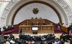 Dos diputadas opositoras venezolanas denuncian agresiones de la Policía al acceder al Parlamento