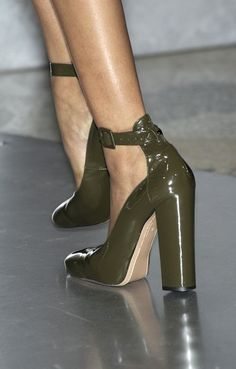 My Heart's Labyrinth Color Khaki, Khaki Green, Army Green, Military Green, Olive Green, Wedge Boots, Shoe Boots, Shoes Heels, Accessories