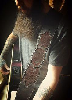 Brown Leather Guitar Strap - Lizard Skin Inlay