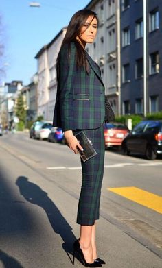 How to Add Attitude to Your Professional Wardrobe – Glam Radar this plaid suit for women is perfect for a professional work outfit but I like that it can also be styled for a fun way yet casual way to wear a suit . Business Outfits, Business Attire, Office Outfits, Casual Outfits, Fashion Outfits, Work Outfits, Office Wear, Office Attire, Work Dresses