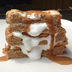Peanut Butter Protein Blondies in the same lower carb way...then add all those carbies back to make it the Ultimate FlufferNutter 14g coconut flour 20g @Cellucor PB marshmallow  6g chocolate PB2 2T stevia 1/4tsp baking soda  2-3 grinds sea salt 44g Greek yogurt 3.5T unsweetened almond milk 1T WF pancake syrup 1 tsp liquid egg white  In …