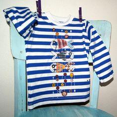 Námořnické triko s rybkami vel.86 (9-18 měsíců) Dětské tričko s dlouhým rukávem, klasický výstřih, bavlna, 180 g/m2, český výrobek - příjemný bavlněný úplet, 95% bavlna + 5 % elasten - barva bílo-modrá, patentky na ramínku jen do vel.80 - ručně malované duhové rybky - ihned dostupné - 80-86 (9-18 měsíců) Ostatní velikosti 56-98 po dohodě na zakázku cca do 14 ...
