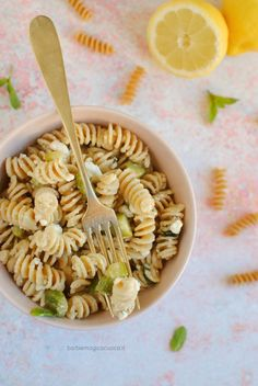 Feta, Best Italian Recipes, New Menu, Fusilli, Recipe Boards, Orzo, Mediterranean Recipes, Pasta Salad, Dishes