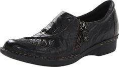 Amazon.com: Clarks Women's Whistle Max Loafer: Clothing