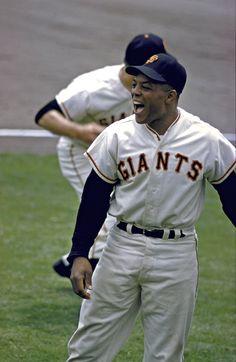 No player ever enjoyed the game of baseball more than the immortal Willie Mays. Baseball Series, Baseball Star, Giants Baseball, Baseball Photos, Baseball Players, Baseball Cards, Giants Team, Gyms Near Me, Basketball Uniforms