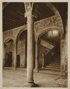 https://flic.kr/p/87JuFa | Escalera del Museo de Santa Cruz hacia 1915. Fotografía de Kurt Hielscher. | Comentada en mi blog Toledo Olvidado en la entrada toledoolvidado.blogspot.com/2010/06/toledo-hacia-1915-fot...