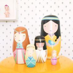 Petit Monkey nesting dolls prinsessen | PSikhouvanjou