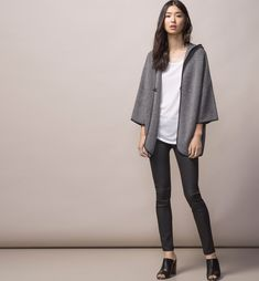 HOODED CAPE - Capes & Ponchos - WOMEN - Spain - Massimo Dutti