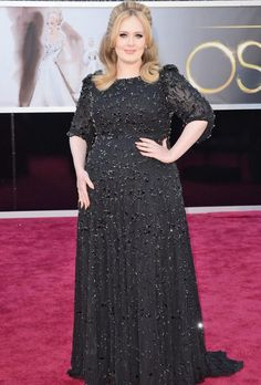 Adele Wore Jenny Packham at the 2013 Oscars - One of the most buzzed-about appearances at the 2013 Oscars is, for sure, British songstress Adele. Check out her beautiful three-quarter sleeve beaded black Jenny Packham gown at the 2013 Oscars. Oscar Dresses, Dresses 2013, Nice Dresses, Evening Dresses, Formal Dresses, Modest Dresses, Prom Dresses, Wedding Dresses, Beauty And Fashion