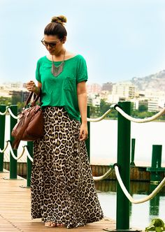bowling outfit date Modest Fashion, Fashion Dresses, Casual Outfits, Cute Outfits, Petite Outfits, Maxi Skirt Outfits, Look Street Style, Animal Print Outfits, Mode Boho