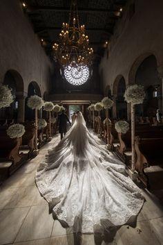 Victoria Swarovski chose a custom-made wedding gown by Dubai-based designer Michael Cinco and of course, the princess-style design was encrusted with full Swarovski crystals. Michael Cinco, Wedding Pics, Wedding Bells, Dream Wedding, Swarovski Wedding Dress, Crystal Wedding, Million Dollar Wedding, Bridal Gowns, Wedding Gowns