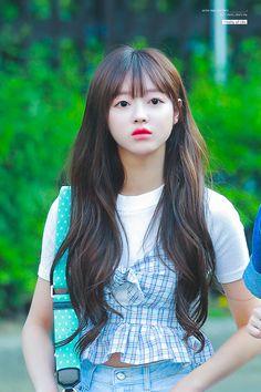 Kpop Girl Groups, Korean Girl Groups, Kpop Girls, Girls Channel, Oh My Girl Yooa, Girls Twitter, Pretty Hairstyles, South Korean Girls, Asian Beauty