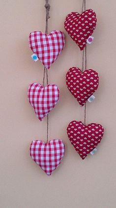 3 Hanging Hearts - The Supermums Craft Fair