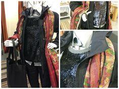 """Look of the day !  The new black is back  Zwarte regenparka van """"Aloha Vera''  Pailletten sweater van ''Lui Jo'' Zijden blouse van """"Robert Friedman"""" Skinny jeans met een wax coating van """"Lui Jo"""" 100& Zijden Sjaal Leder shopper van """"SPRDLX"""""""
