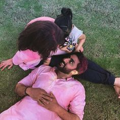 Aww! This Picture of Abhishek with his Girls Aishwarya and Aaradhya is Super Cute!   PINKVILLA